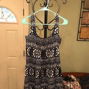 Size 6P Nine West Navy and White Dress